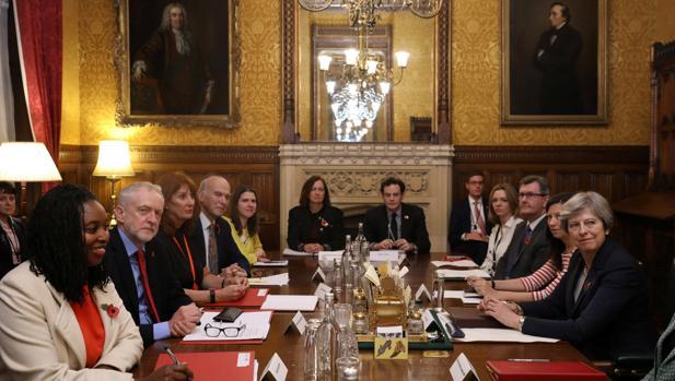 El macroescándalo sexual de Westminster une a los partidos británicos