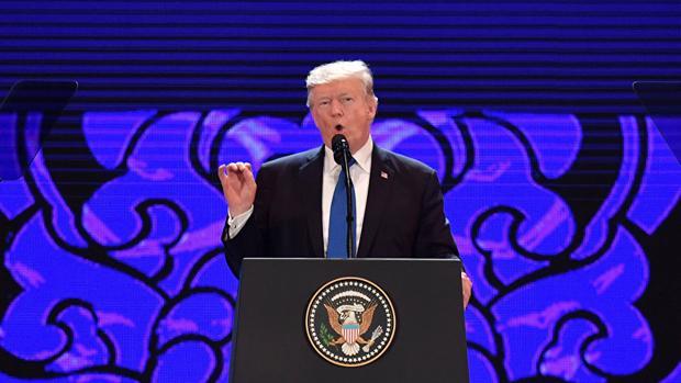 Trump avisa de que no tolerará más abusos comerciales en la cumbre APEC