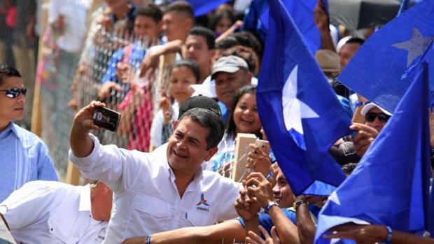 Hernández busca la reelección para continuar sus profundas reformas en Honduras