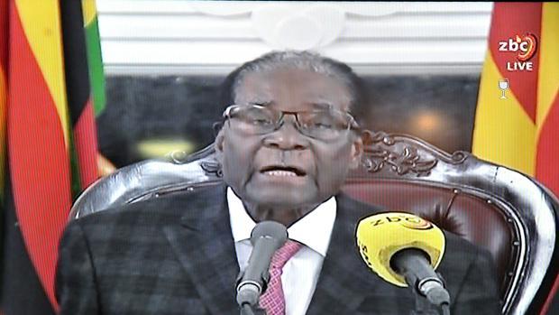 El partido de Mugabe abre el proceso de su destitución