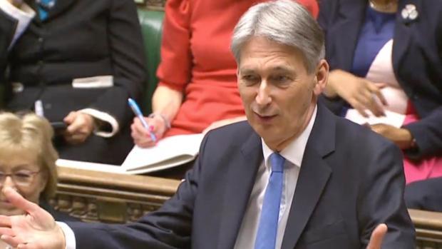 El ministro británico de Economía promete tener preparados 3.300 millones de euros para el Brexit