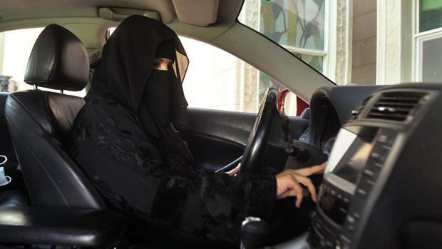 Las tres ventajas de que la mujer saudí conduzca (según el ministro de Exteriores)
