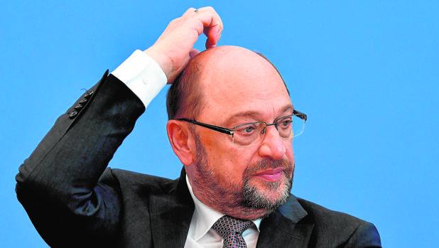 Los socialdemócratas presionan a Schulz para que se siente a hablar con Merkel