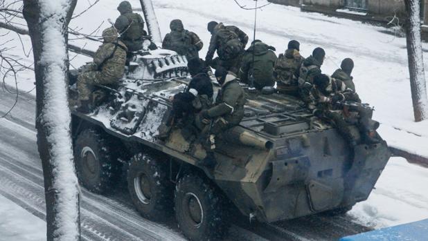 Golpe de fuerza en el este de Ucrania para forzar la unión de Donetsk y Lugansk