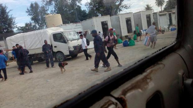 Desalojan a todos los inmigrantes que ocupaban un  centro de detención en Papúa