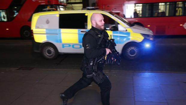 La Policía de Londres da por concluido el «incidente» en la estación de Oxford Circus