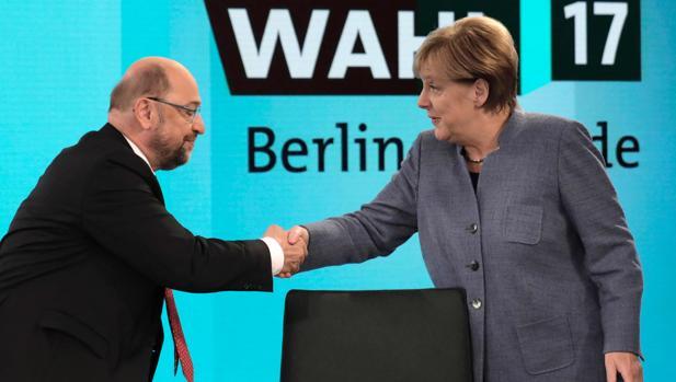 El SPD exige a Merkel apoyar a Macron en Europa