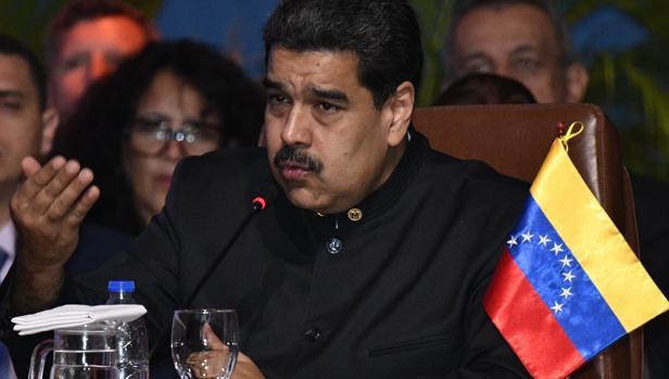 Maduro sustituye a cuatro ministros de Venezuela