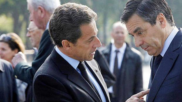 Dos «monstruos» de la política que hundieron a la derecha gala