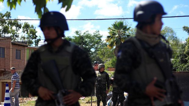 El Gobierno recomienda limitar los viajes a Honduras por los disturbios postelectorales