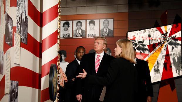 El presidente Trump, durante su visita al Museo de los Derechos Civiles de Misisipi
