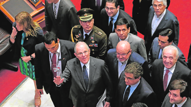 El hijo de Fujimori salva a Kuczynski para conseguir la libertad de su padre