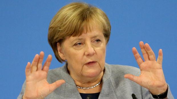 Uno de cada dos alemanes desea que Merkel renuncie anticipadamente