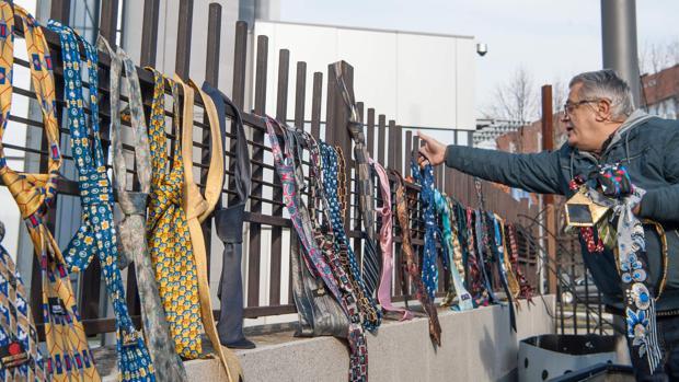 El primer ministro de Kosovo se sube el sueldo porque necesita comprarse ropa