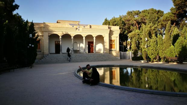 Los zoroastrianos buscan su hueco en el Irán de los ayatolás