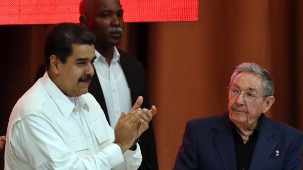 Raúl Castro, con su aliado Nicolás Maduro, el pasado diciembre en La Habana