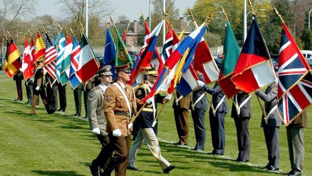 La OTAN ya tiene himno