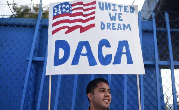 Trump tumbó el programa DACA, promovido por Obama, tras su llegada a la Casa Blanca