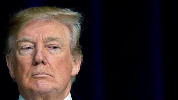 Trump tilda de «agujeros de mierda» a El Salvador y Haití