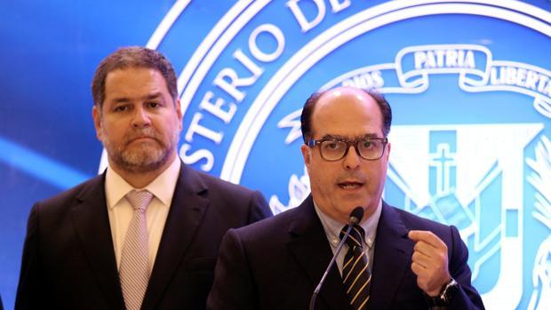 El diputado opositor Julio Borges