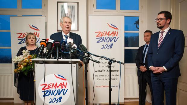 El aliado de Putin Milos Zeman, gran favorito para ganar la segunda vuelta en República Checa
