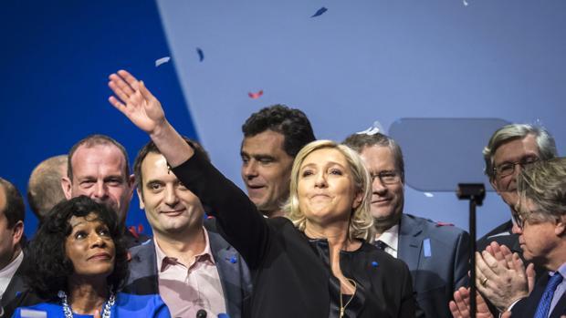 Las dos fórmulas europeas para «atacar» a los partidos populistas: ¿enfrentarlos o adoptar sus agendas?