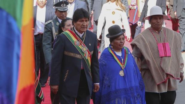 Evo Morales celebra sus 12 años en el poder entre fuertes protestas