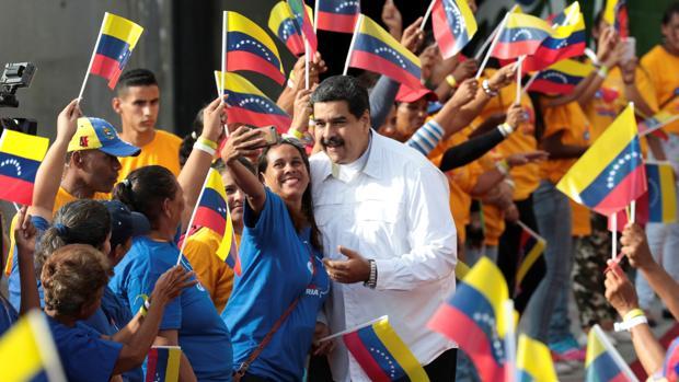Venezuela adelanta las elecciones presidenciales a antes de mayo