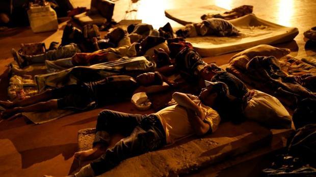 Venezolanos sintecho se refugian en Cúcuta (Colombia), el pasado 23 de enero