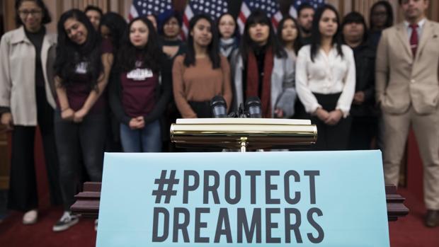 Trump propone legalizar a 1,8 millones de «soñadores» a cambio de reforzar la seguridad