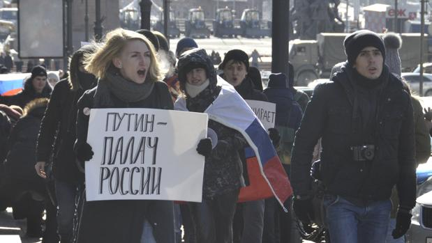 Cerca de 90 detenidos por manifestarse en Rusia, entre ellos el líder de la oposición Alexéi Navalni