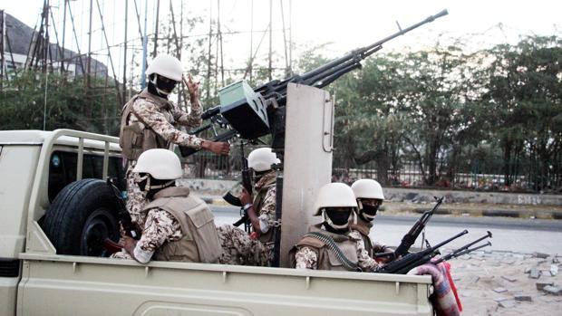 Graves choques entre dos aliados de Arabia Saudí en la segunda ciudad de Yemen