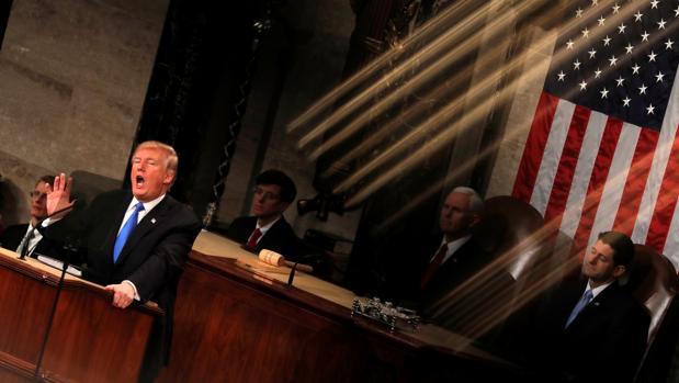 Diez líneas maestras del primer discurso de Trump sobre el Estado de la Unión