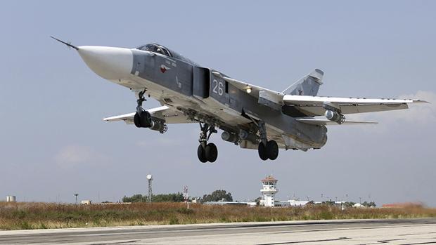Rebeldes sirios derriban un avión de combate ruso y matan al piloto en un tiroteo