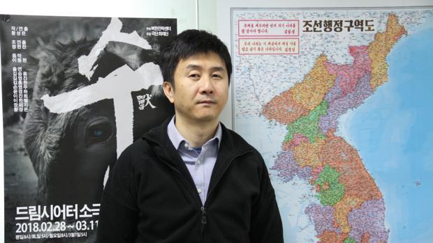 Kang Chol-hwan, durante la entrevista, en la oficina de su ONG