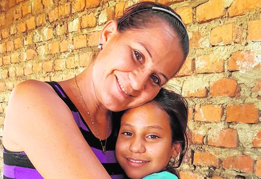 Reina Jácome y su hija Rosaí, de Maracay (Venezuela)