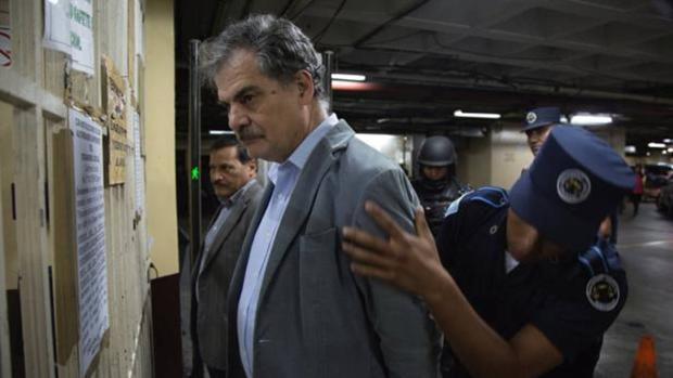 Detienen al presidente de Oxfam Internacional Juan Alberto Fuentes en Guatemala por corrupción