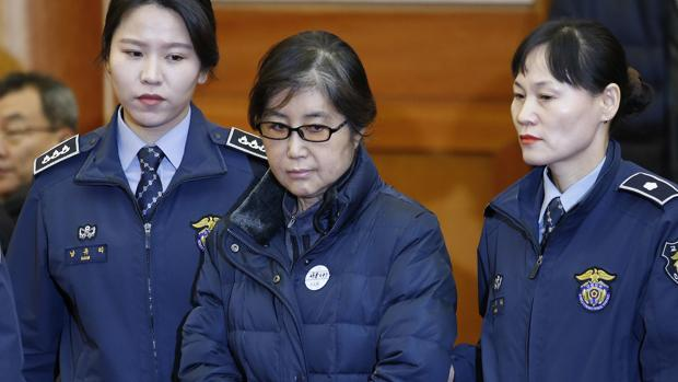 Condenada a 20 años de cárcel la «rasputina» surcoreana, Choi Soon-sil