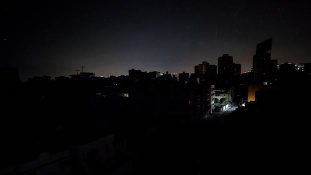 Caracas, durante el apagón de este miércoles 14 de febrero