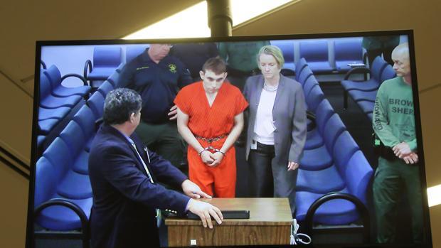 Nikolas Cruz comió en un McDonald's tras la matanza en la escuela de Florida