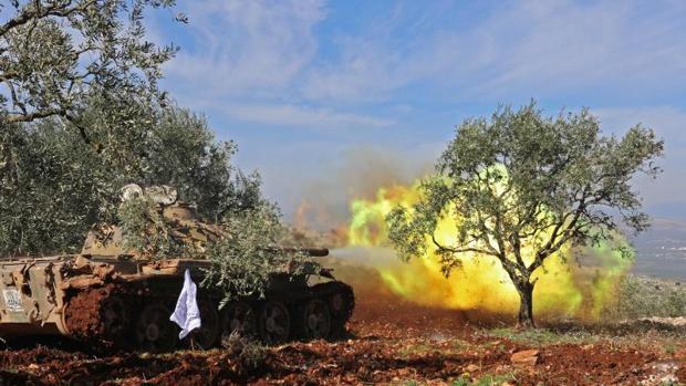 Erdogan alerta sobre una guerra total si las tropas de Assad entran en Afrín
