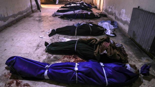 Mueren 106 personas por ataques contra un feudo opositor a las afueras de Damasco