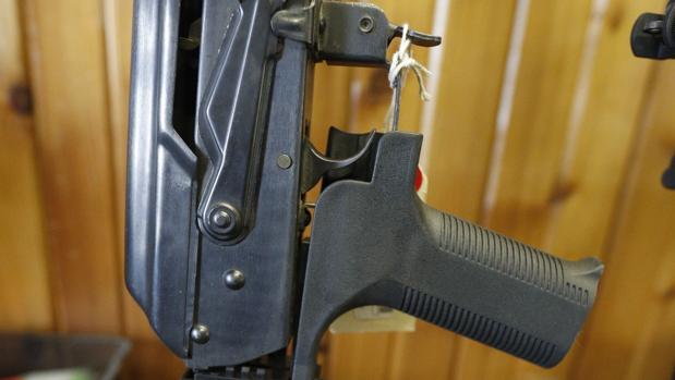 Trump prohibirá los dispositivos que convierten los rifles de asalto en ametralladoras