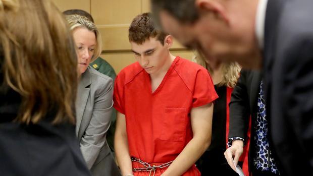 Segunda comparecencia ante el tribunal del autor de la matanza del instituto de Florida