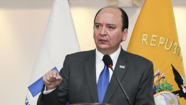 El fiscal general de Ecuador denuncia una conspiración en su contra e implica al titular del Congreso