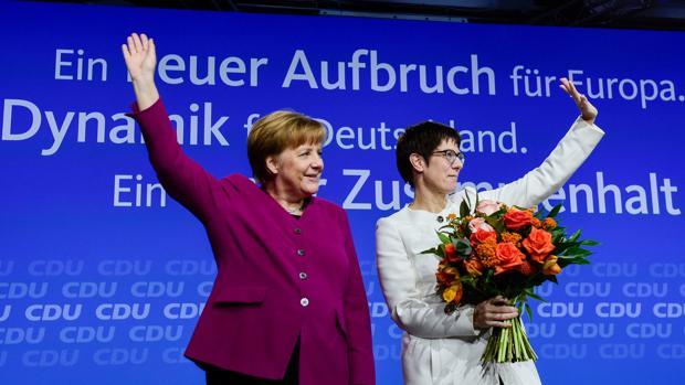 El partido de Merkel aprueba la Gran Coalición