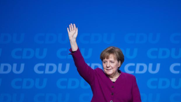 Merkel llama a la unidad a los conservadores alemanes