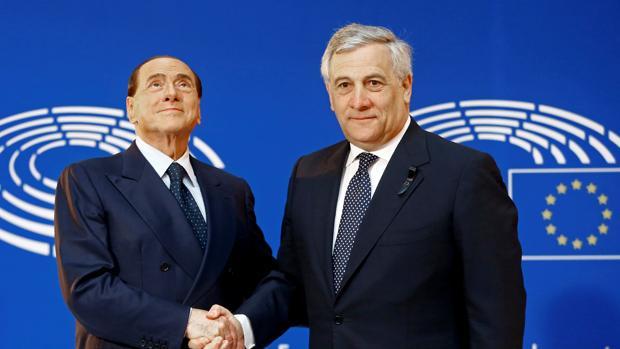 Tajani acepta su candidatura en el partido de Berlusconi en las elecciones