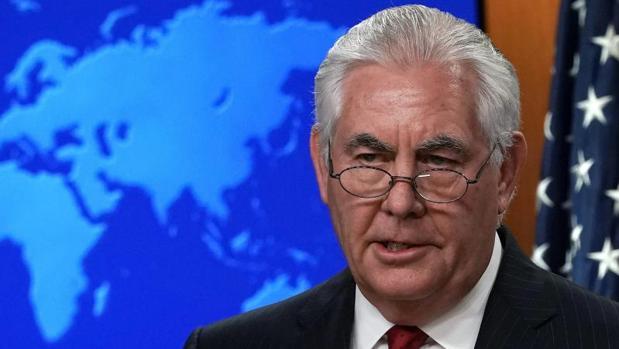 Rex Tillerson se dirige a los medios en el Departamento de Estado, después de que Trump anunciase su despido