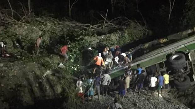 Un autobús repleto de pasajeros se ha precipitado por un barranco en Filipinas
